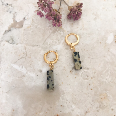 Isa & Roza | Golden Mini Hoops with dalmatiner stones