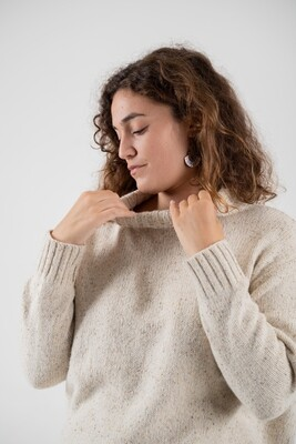 Näz | Wool Jumper with textured knit one size - Ecru/White (last restock - one left)