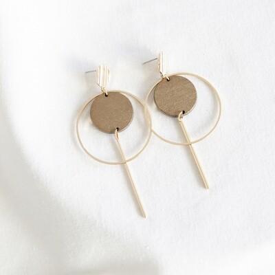 Studio Nok Nok | Golden Hoop Earrings with Golden Wooden Circle
