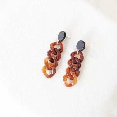 Studio Nok Nok | Twisted Brown Chain Earrings with Black Wooden Stud