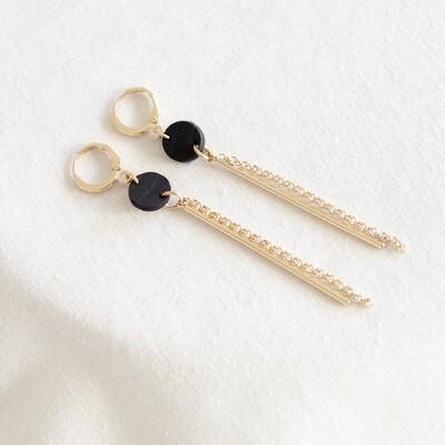 Studio Nok Nok | Golden Earrings with Black Wooden Circle