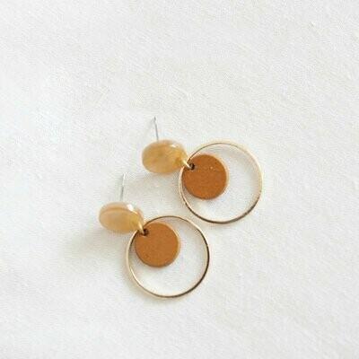 Studio Nok Nok | Golden Caramel Circle Hoops