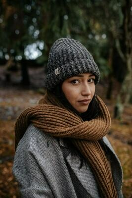 Näz | Recycled Wool Beanie Long - Black Nep