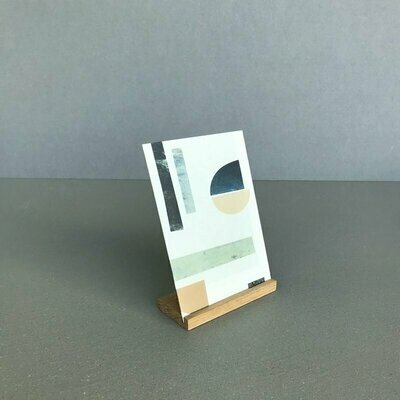 SOMAJ | Card Stand Oak Small - 10,5 cm (for A6 cards)