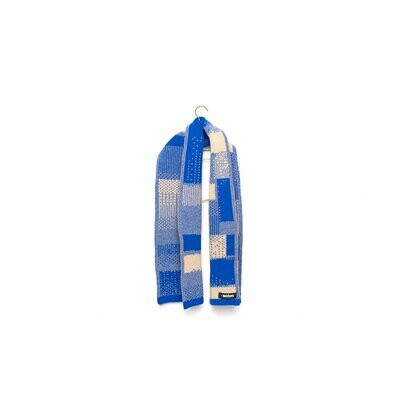 Wolvis | Knitted Scarf Merino Wool for kids - electric blue & nude (one left)