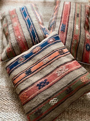 Olá Lindeza | Gürcan Kilim Pillow