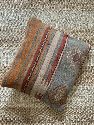 Olá Lindeza | Damla Kilim Pillow