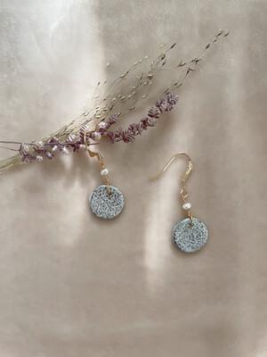 Olá Lindeza    Josie pearl earrings with clay pendant