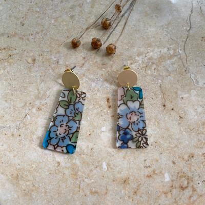 Olá Lindeza  | Field of flowers earrings with gold ear stud