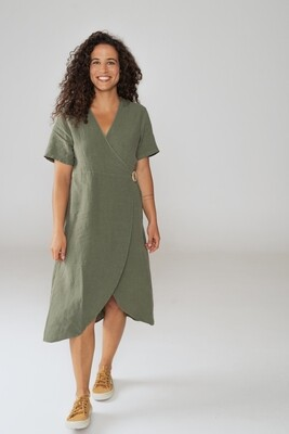 Näz | Linen wrap dress with wooden button - Green linen