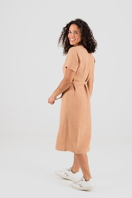 Näz | Linen wrap dress with wooden button - Peach linen