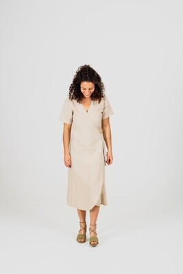 Näz | Linen wrap dress with wooden button - Natural linen