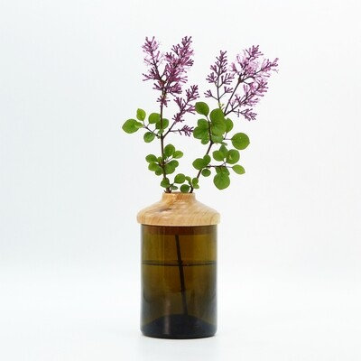 nest gestaltung | Vase with recycled glass and Alder Wooden Lid - 17 cm