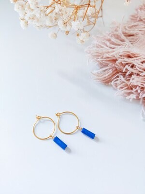 Isa & Roza | Golden mini hoops with blue stone