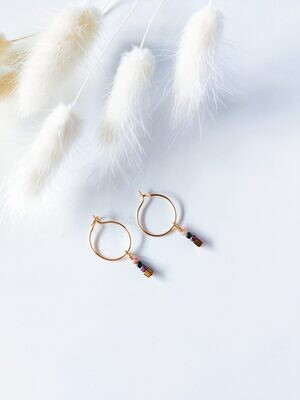 Isa & Roza | Golden mini hoops with little pearls