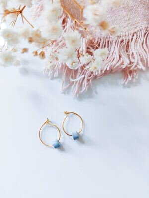 Isa & Roza | Gold mini hoops with light blue stone