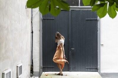 Olá Lindeza | Linen Wrap Skirt with wooden button - peach/orange