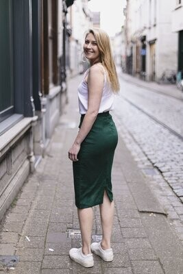 Olá Lindeza | Linen pencil skirt - Bottle green