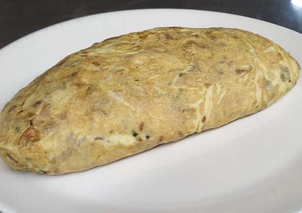 INGREDIENTES para elaborar la tortilla de bacalao Astarbe / Astarbe bakailau arrautzopila egiteko OSAGAIAK