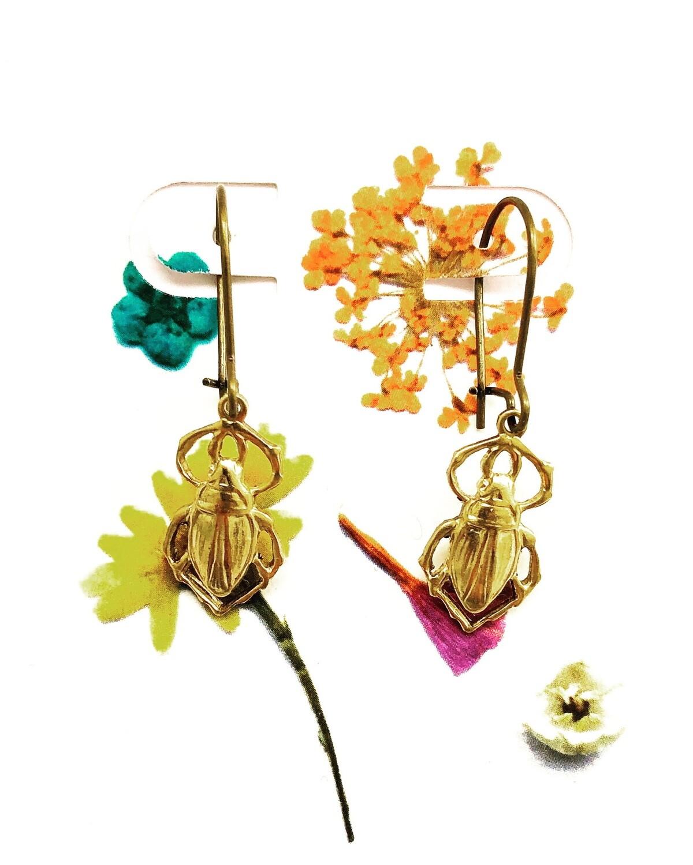 Happy beetle earrings