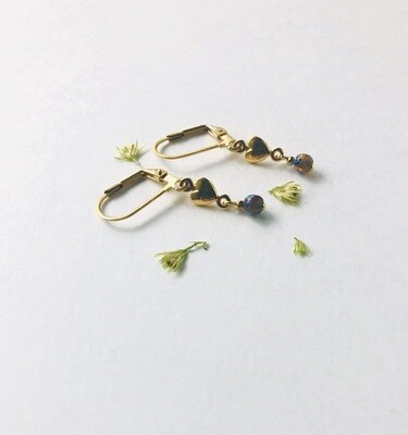 Iseo piccolo heart earrings