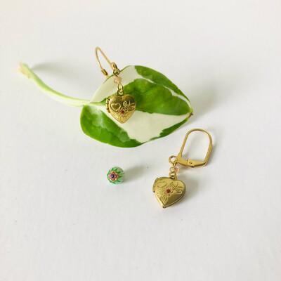 Sweet heart locket earrings