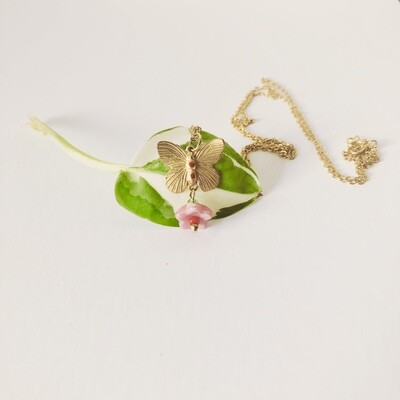 Butterfly flower necklace