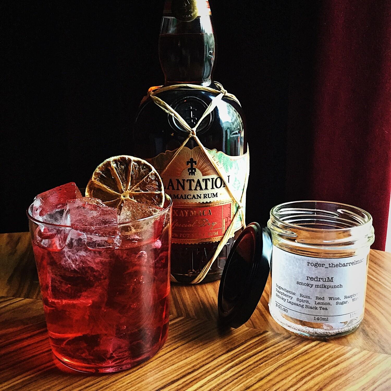 roger_thebarrelman Cocktail - Redrum Smoky Milkpunch