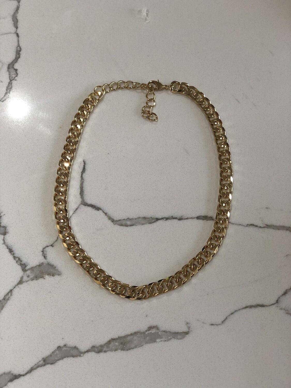 Ava Gold Chain