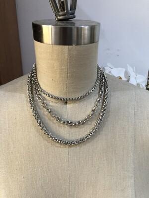 Trois Chain Necklace