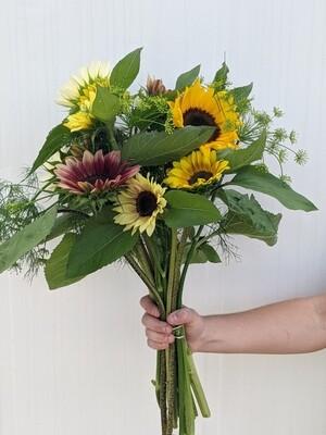 Sunflower Bouquet - Vitruvian Farms