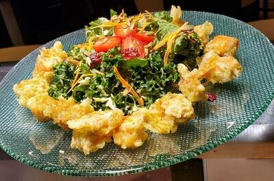Kale Salad (with Dungeness Crab)