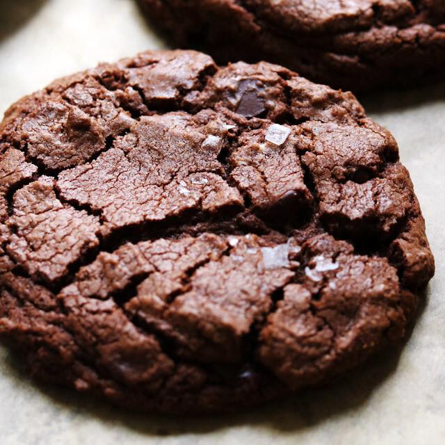 Pure chocolate cookie