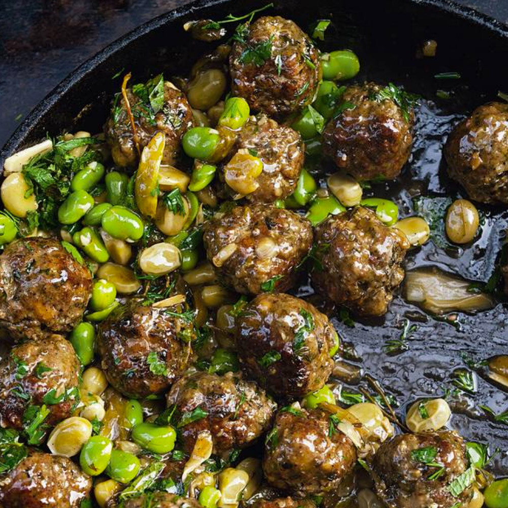 Meatballs with broad beans