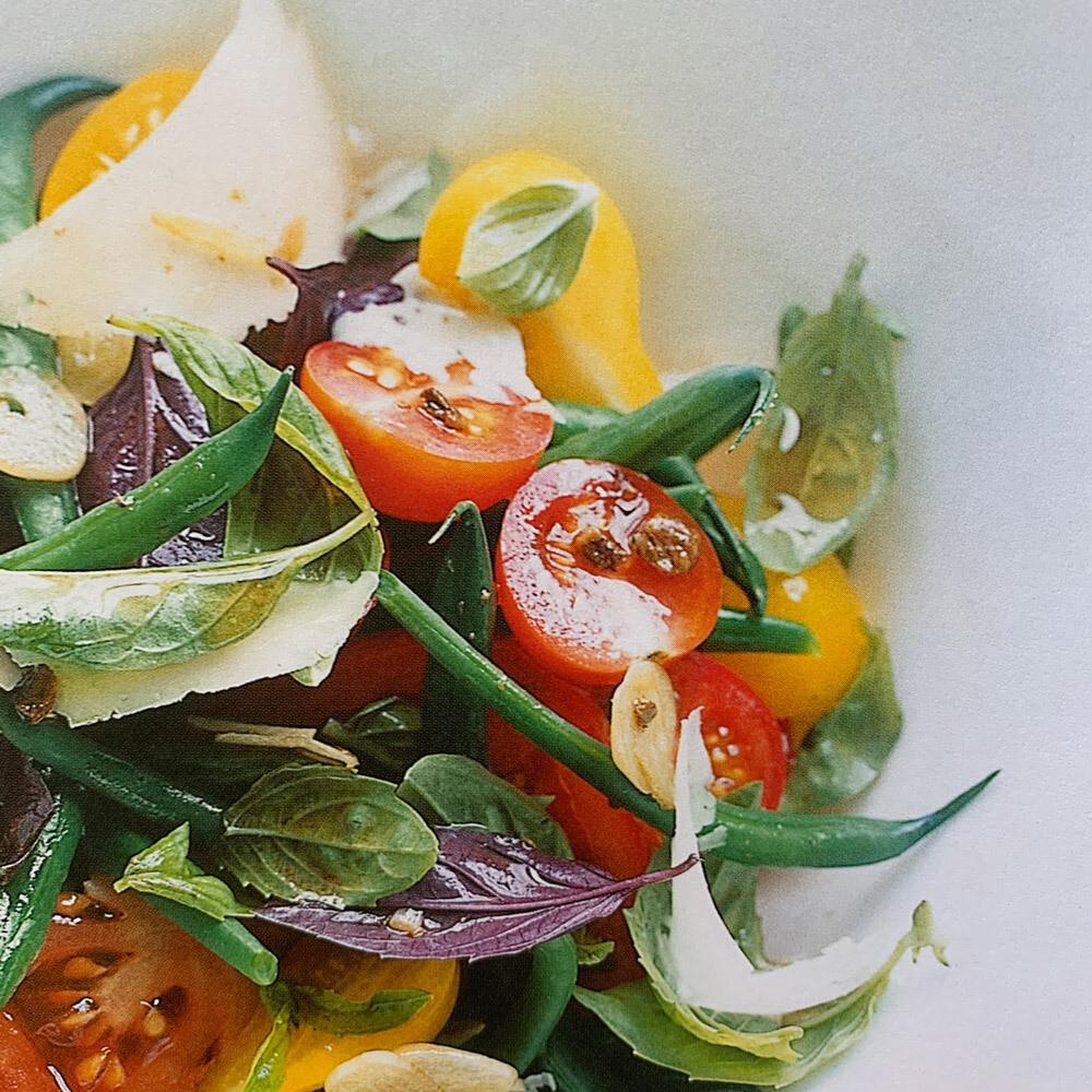 Tomato & Basil Salad