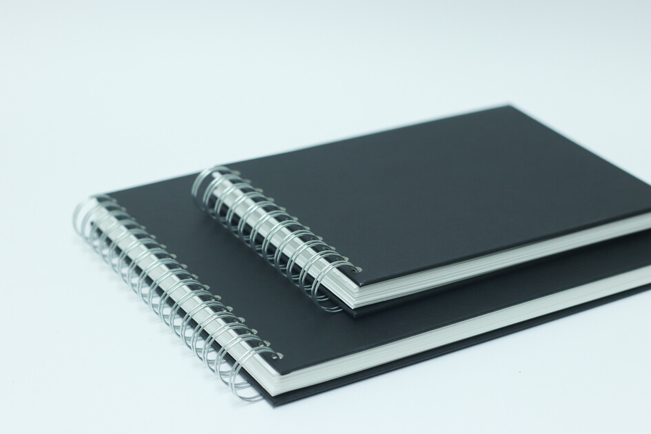 A4 Black Cover Sketchbook - Artway