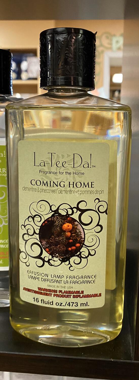 La Tee Da Coming Home Clementine & Pine cones 16oz