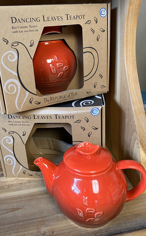 Dancing Leaves Tea Pot