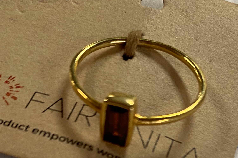 Prism Ring Garnet Size 7