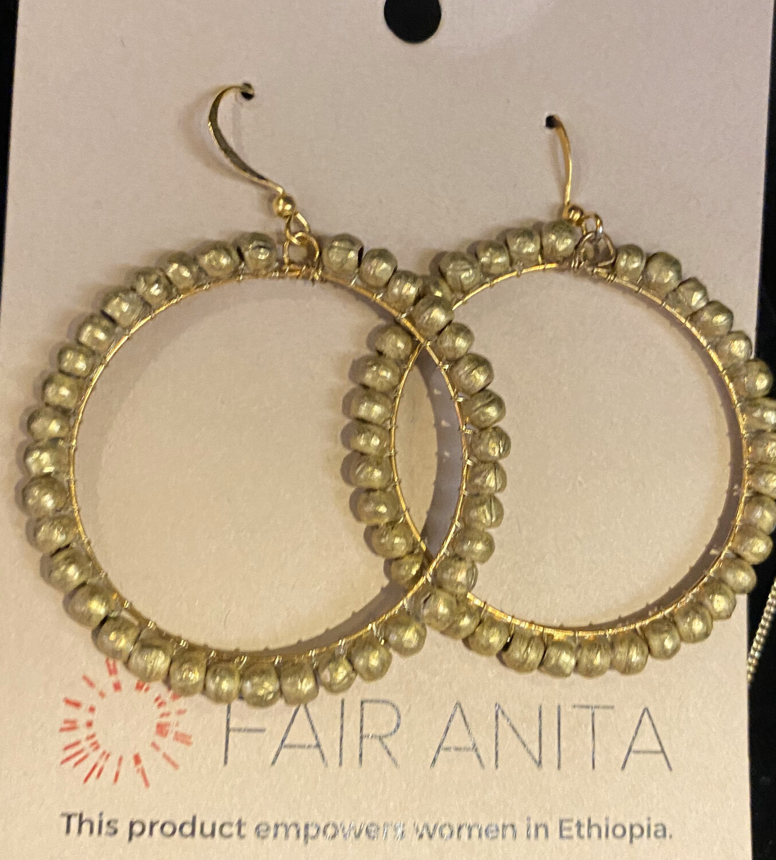 Fair Gold Ring Hoops Earrings