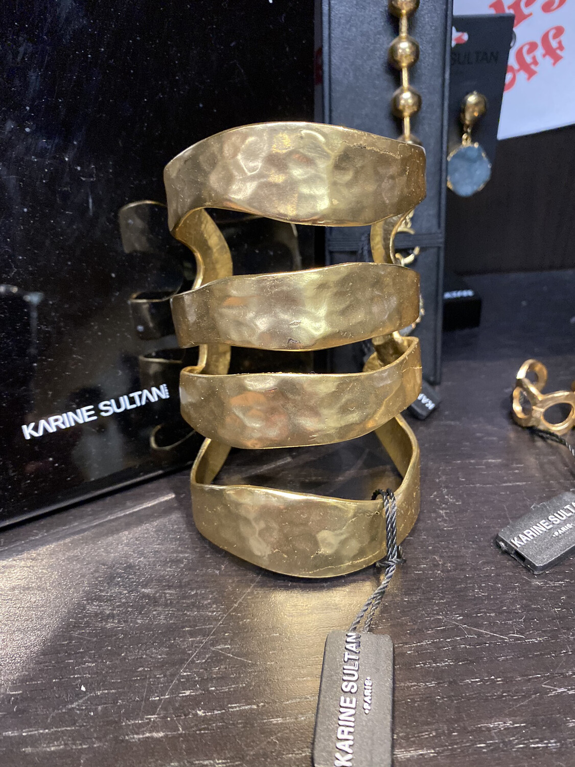 K Sultan Large Gold Cuff