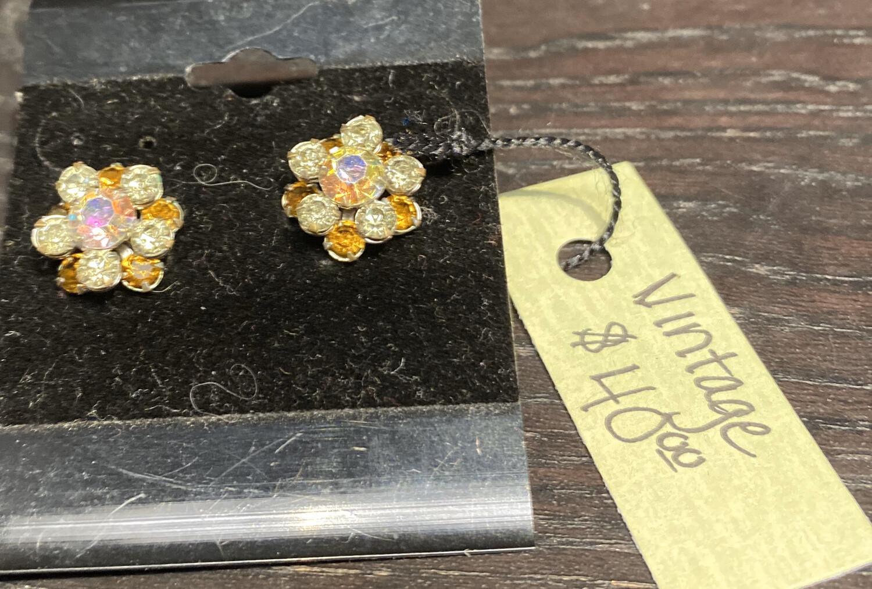 DK Vintage Crystal Earrings