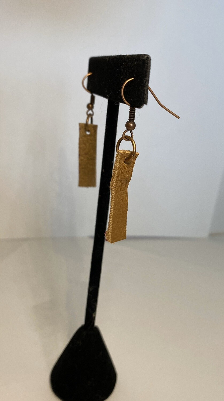 """DK Leather Earring Stick 1"""" Long"""