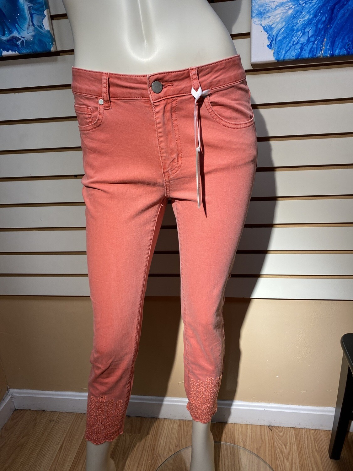 Major Deal Coco Club Washed Coral Capri Jean. Embroidered Hems 98% Cotton 2% Spandex Great Fit.