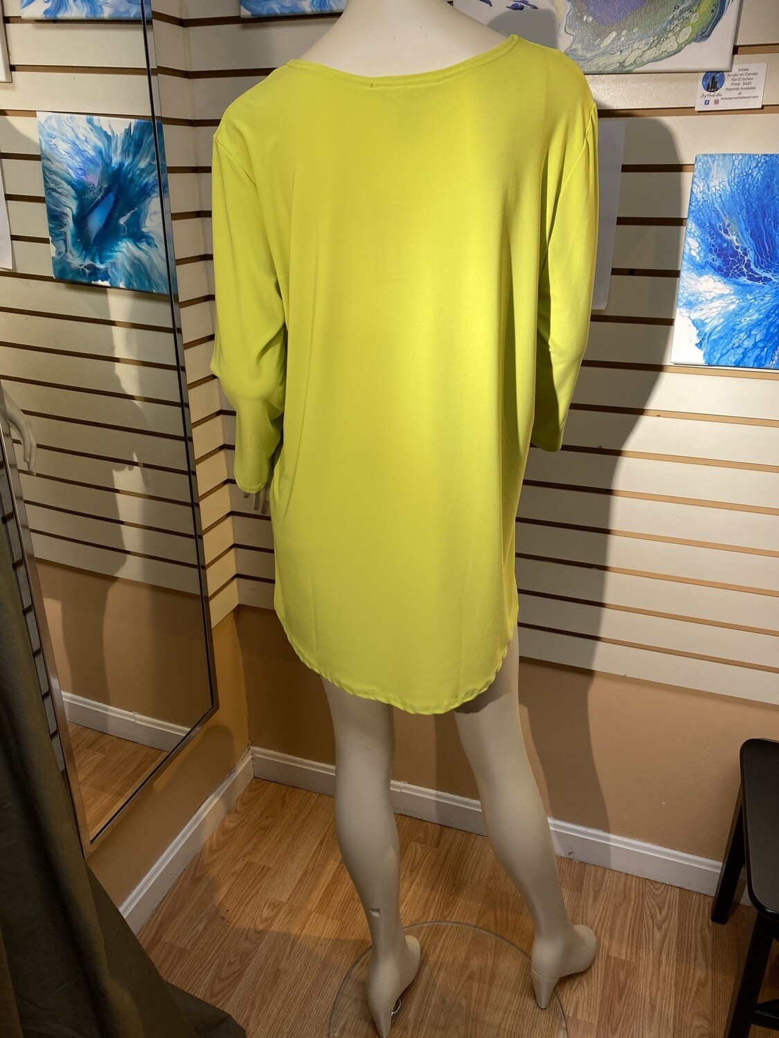 Major Deal Valentina High Low Top Lime. Only 1 XL