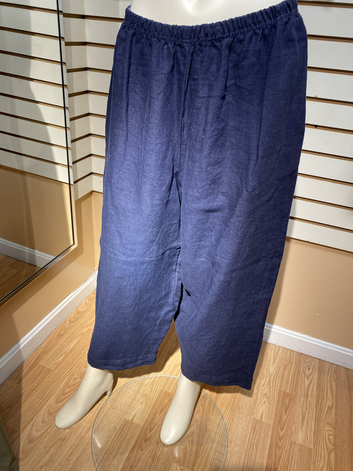 Major Deal Cut Loose Navy Linen Pant. So Comfy. Only 1 Small Fits Like Roomy 6/8