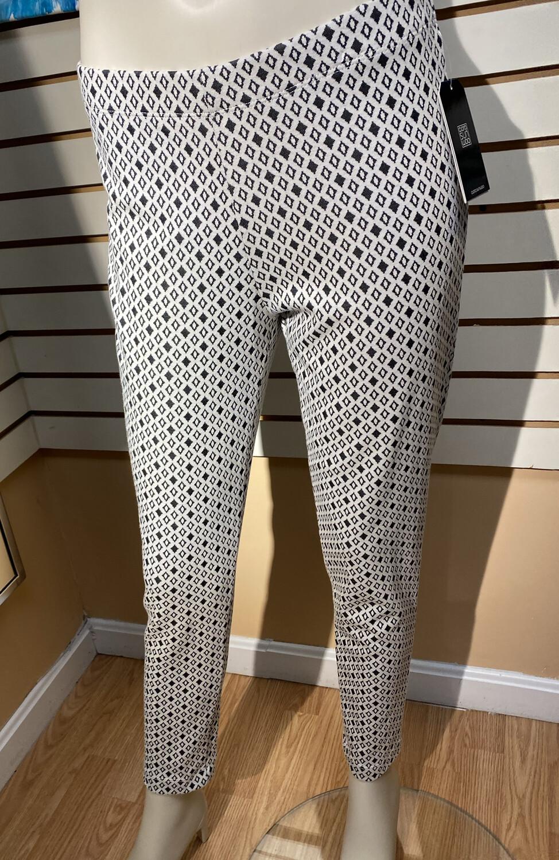 Clara SunWoo Diamond Print Ponte Ankle Pant  Bone/Black
