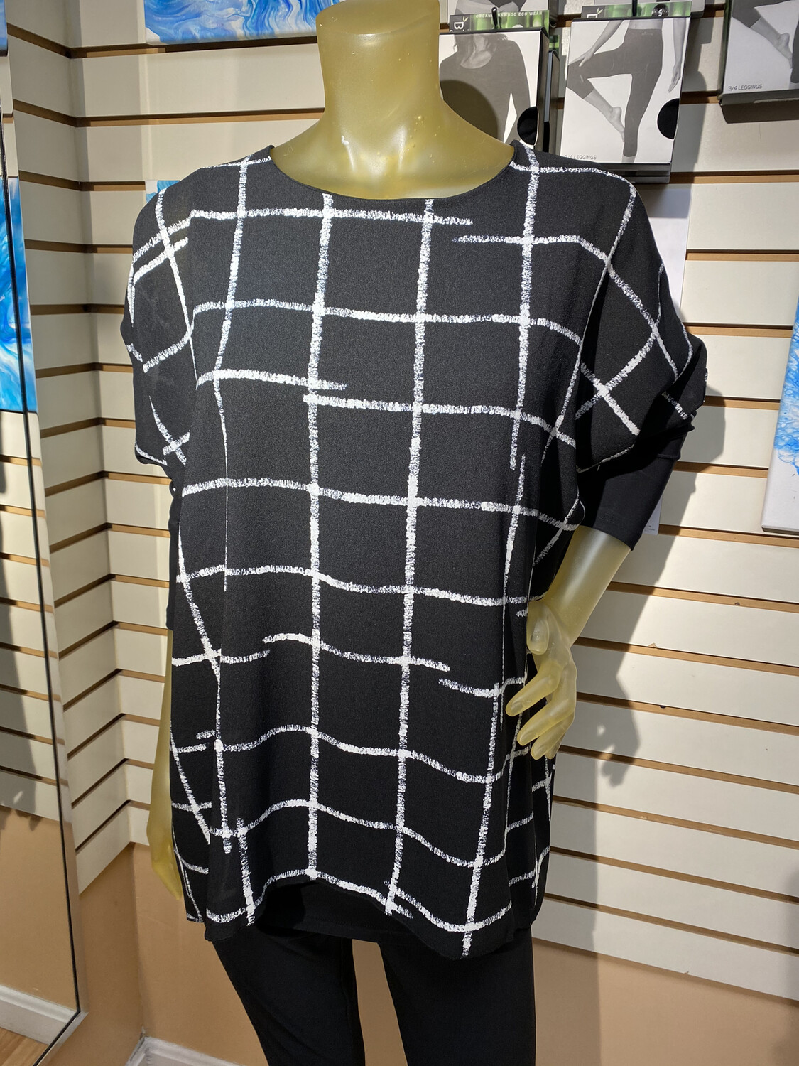 Sympli Etch Whisper Twin Tunic With Under Ponte Tank Size 4 Matched With Sympli Leggings.