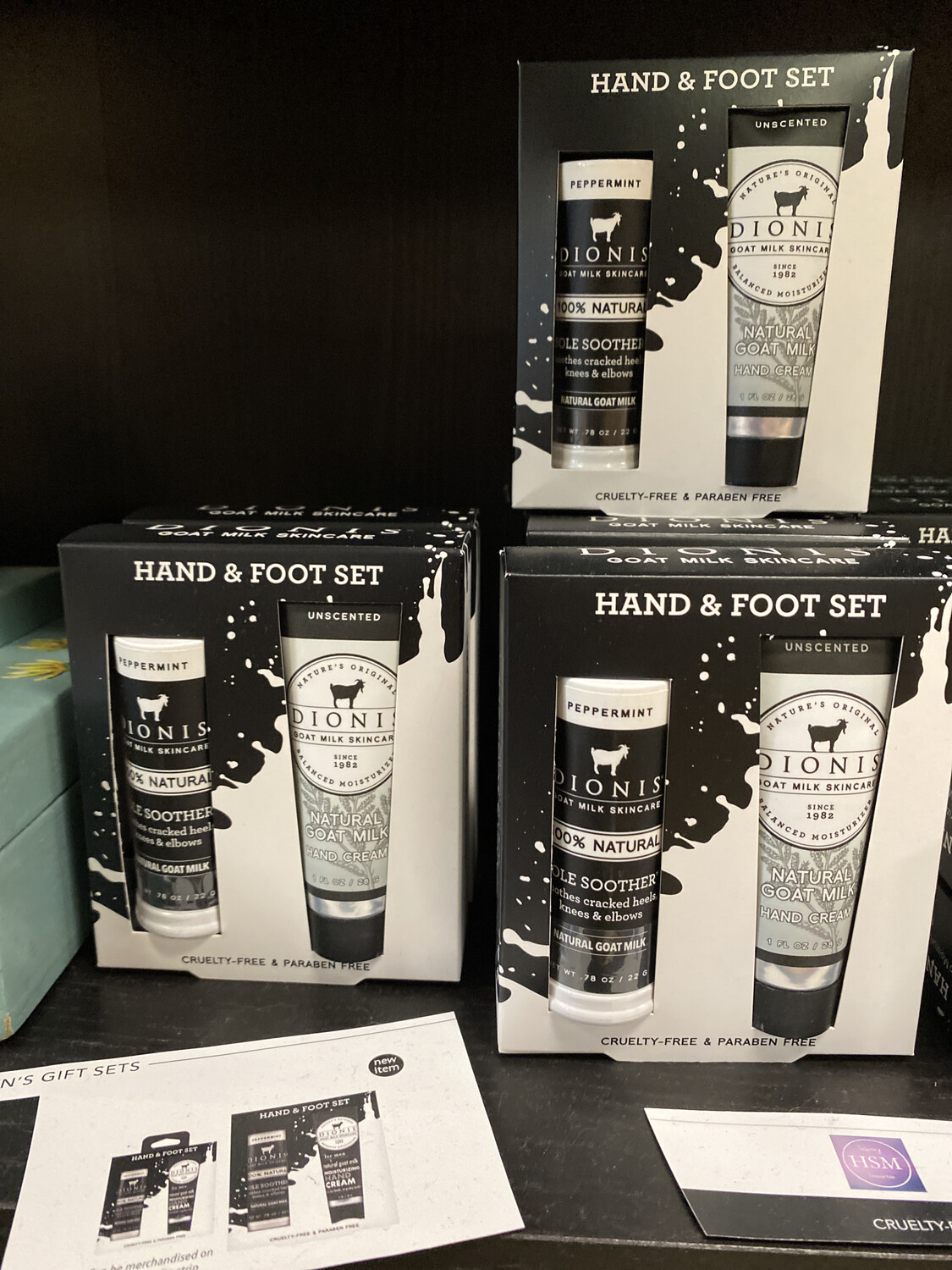 Hand And Foot Set
