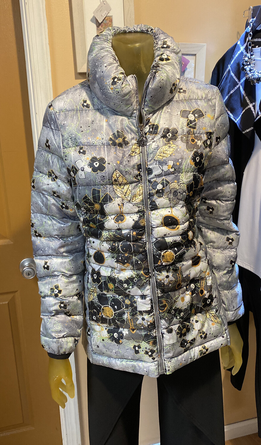 Dolcezza I Am Taking You Home Tonight Button Puffy Jacket S